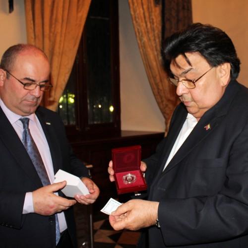 Viceministro de Relaciones Exteriores de la República de Abjasia Oleg Arshba con el Viceministro de Relaciones Exteriores de la República Bolivariana de Venezuela, Calixto Ortega.