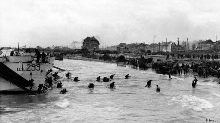 """Tropas de los aliados desembarcan en Normandía. La operación """"Overlord"""" (6 de junio de 1944)"""