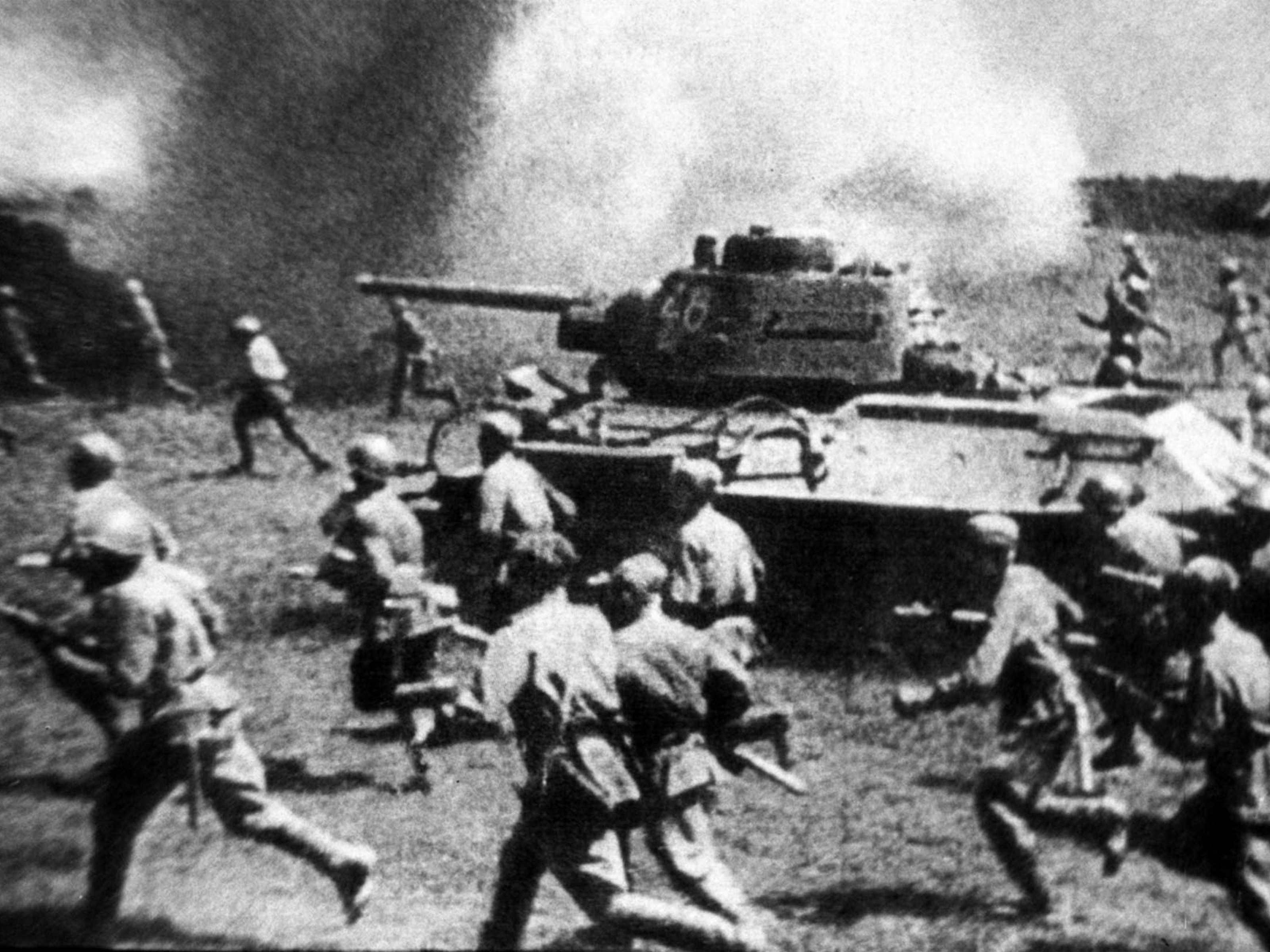 La ofensiva soviética en cercanías de Kursk, 1943. Foto del archivo de ITAR-TASS