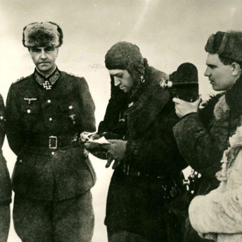 Captura del mariscal de campo (Generalfeldmarschall) Paulus en Stalingrado  Autor: A.Zenin