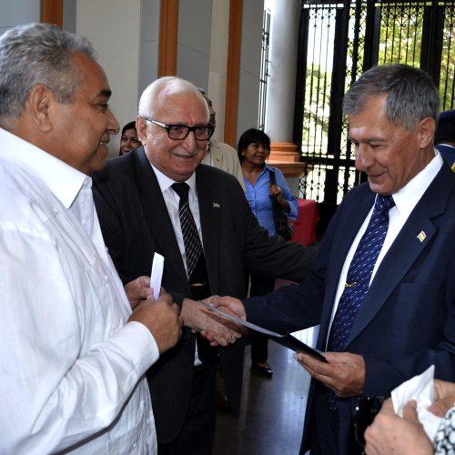 Посол Республики Абхазия Заур Гваджава с Послом Многонационального Государства Боливии Луис Триго Антело.