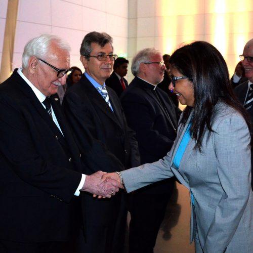 Посол Республики Абхазия Заур Гваджава с Министром Иностранных Дел Венесуэлы Дельси Родригес.