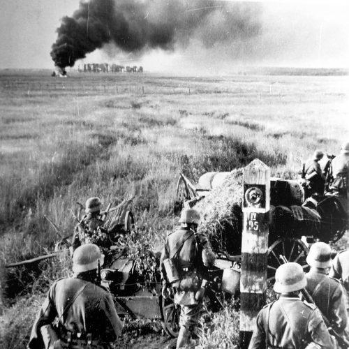 Немцы пересекают государственную границу СССР
