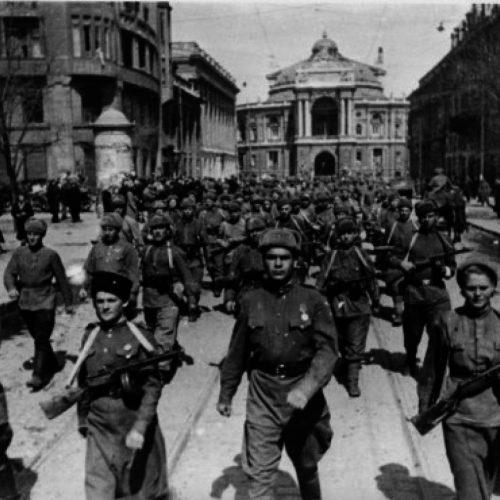 Парад в освобождённой Одессе