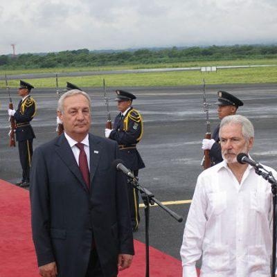 министр иностранных дел Никарагуа Самуэль Сантос Лопес  встречает Президент Республики Абхазия Сергея Багапш