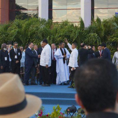 Министр иностранных дел Республики Абхазия Даур Кове и Президент Венесуэлы Николас Мадуро Морос