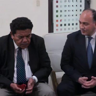 Министр иностранных дел Республики Абхазия Даур Кове и заместитель министра иностранных дел Республики Никарагуа Луис Альберто Молина Куадра