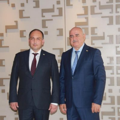 Министр иностранных дел Республики Абхазия Даур Кове и министр иностранных дел Южной Осетии Дмитрий Медоев