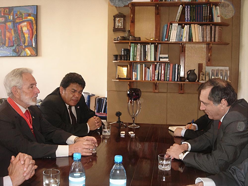 Министр иностранных дел Республики Абхазия Сергей Шамба, министр иностранных дел Никарагуа Самуэль Сантос Лопес и посол Никарагуа в России Луис Альберто Молина Куадра